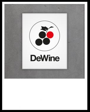 Grafikdesign für ein fiktives Projekt mit der Möglichkeit, sich online seinen eigenen Wein zu kreieren und eine passende Kombination mit Brotsticks zusammenzustellen.